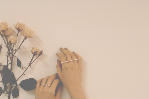 wolf + sadie minimalist metal ring